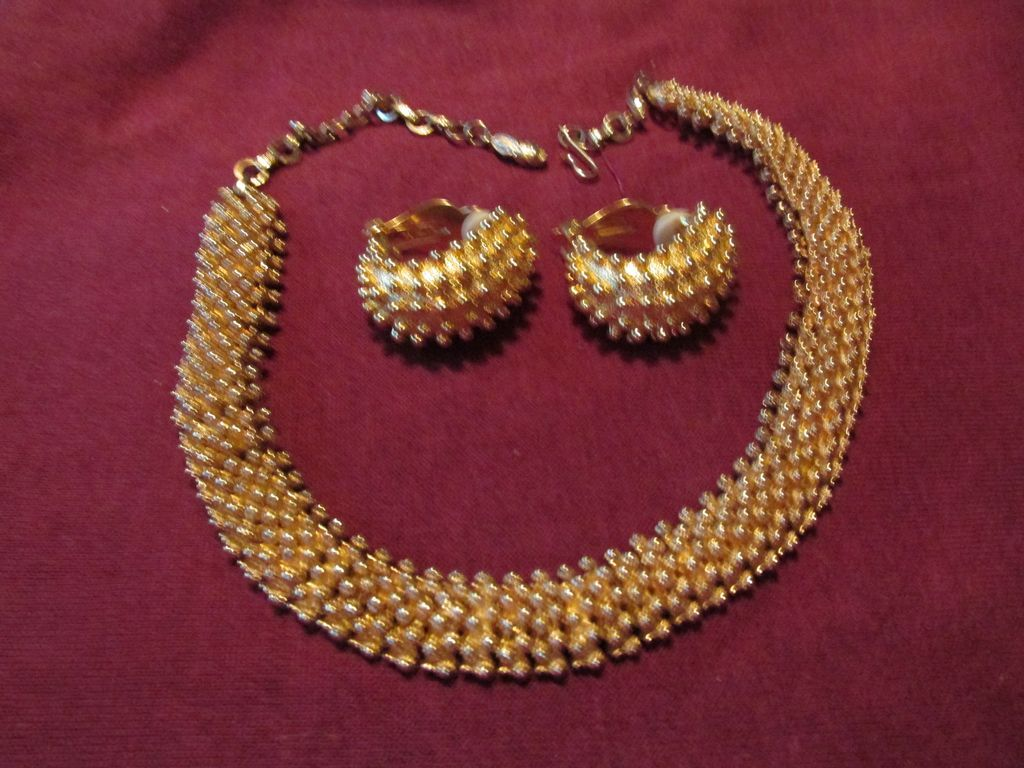 Fabulous Necklace & Earring Designer Inspired