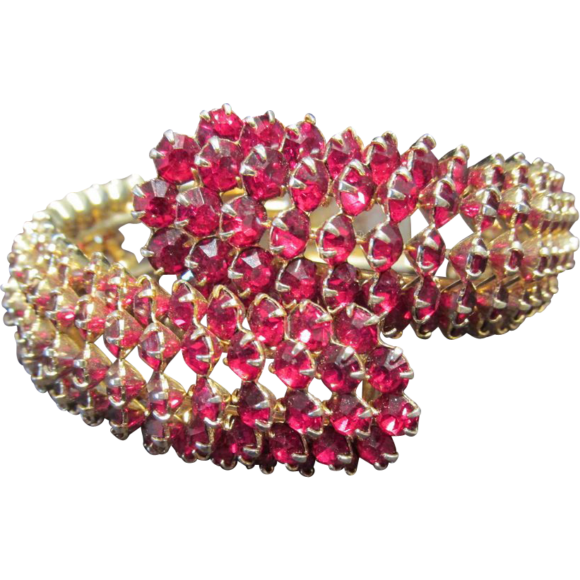 Fabulous Fifties Red Stone Bracelet