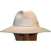 Ladies Off White Hat w/ Wide Brim
