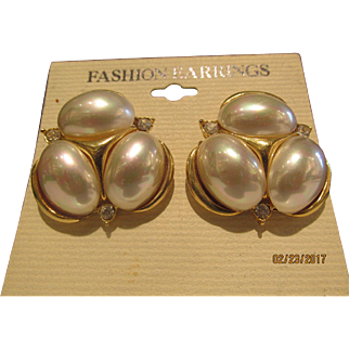 Wonderful Pierced Oval Faux Pearl Earrings with crystals