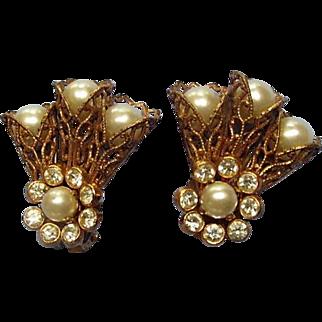 Vintage Earrings Barclay Filagree Faux Pearls
