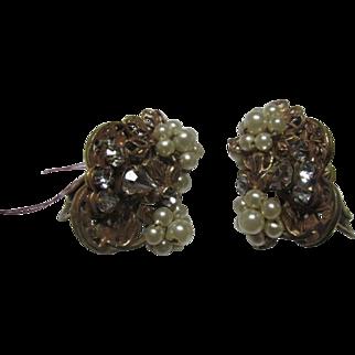 Vintage Robert' Faux Pearl Earrings with Rhinestones