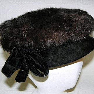 Vintage Black Mink and Velvet Womens' Hat by Caprice NY