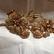 Ciner Brooch with Spectacular Flowers and Leaves