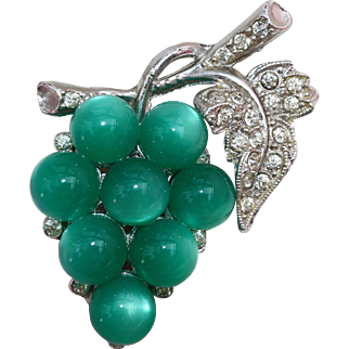 Coro Pin-Cluster of Green Grapes-Mid-20th Century Design