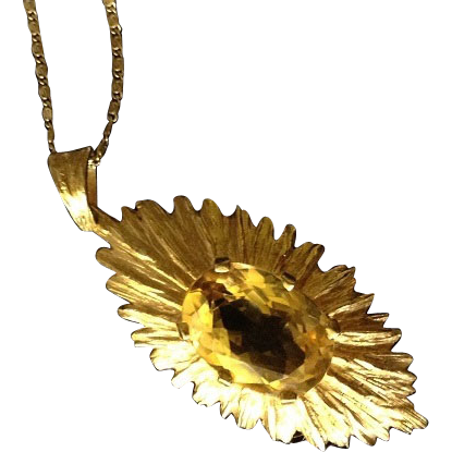 SALE: Hallmarked Sunburst 9K Yellow Gold and Natural Golden Topaz Pendant.