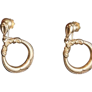 Antique Victorian 9Karat Gold Etched Dangle Hoop Earrings