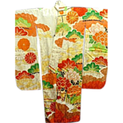 Japanese Furisode Kimono in Cream Figured Silk with Floral Hand Painted  Design and Gold Thread embroidery c1940.