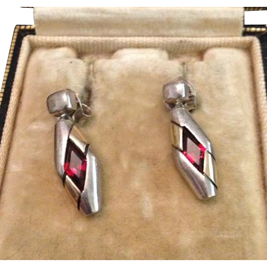 Vintage Sterling and Garnet Dangle Earrings c1980