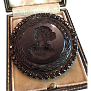 Black Intaglio Cleopatra with Asp Cameo French-Jet Mourning Brooch Pendant