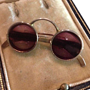 Cool John Lennon Style 1960's Sunglasses Brooch/Pin with Purple Tint Lenses.