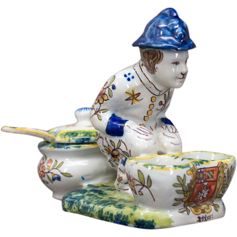 Faience of Desvres Salt & Pepper Figurine