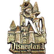 Old Disneyland Key Chain with Tinkerbell & the Magic Kingdom