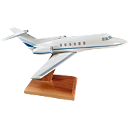 Old, Executive Desk Model, Jet Airplane - Raytheon Hawker 700