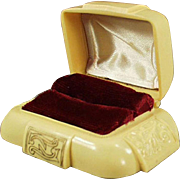 Vintage Ring Box - Dark Cream Bakelite with Maroon Inside