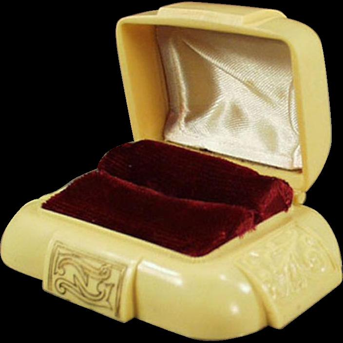 Vintage Ring Box - Dark Cream Bakelite with Maroon Inside