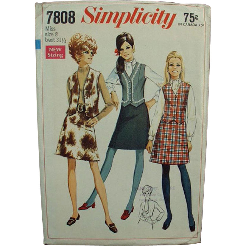 "Vintage Pattern - Simplicity #7808 - Very Mod Skirt & Vest - Miss 8 - Bust 31 1/2"""