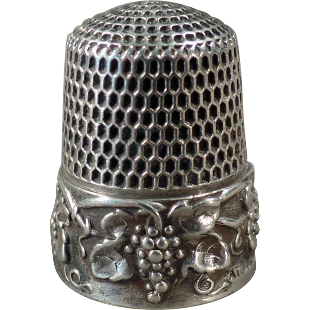 Vintage Sterling Thimble - Ornate Grape Cluster Design - Simons Bros.