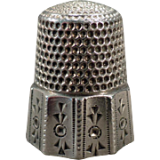 Vintage Sterling Thimble with Decorative Geometric Panels