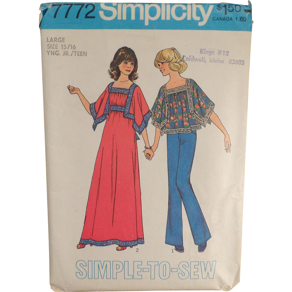 Vintage Simplicity Pattern - Mod Fashions - #7772 Casual Top & Dress - 1976