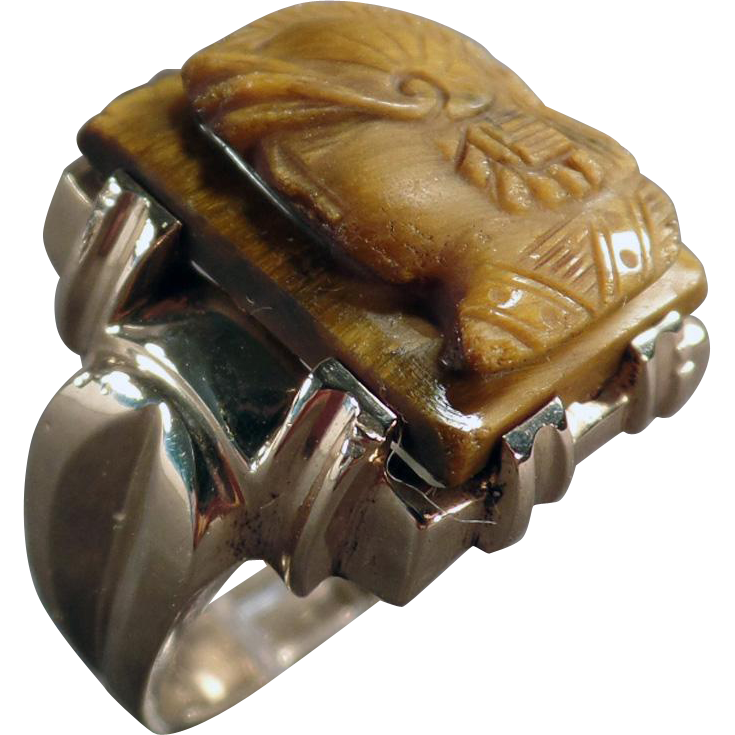Man's Vintage 10k Yellow Gold Ring with a Tiger Eye Cameo