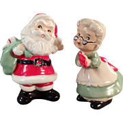 Vintage Salt and Pepper - Old Santa and Mrs. Claus S&P Set