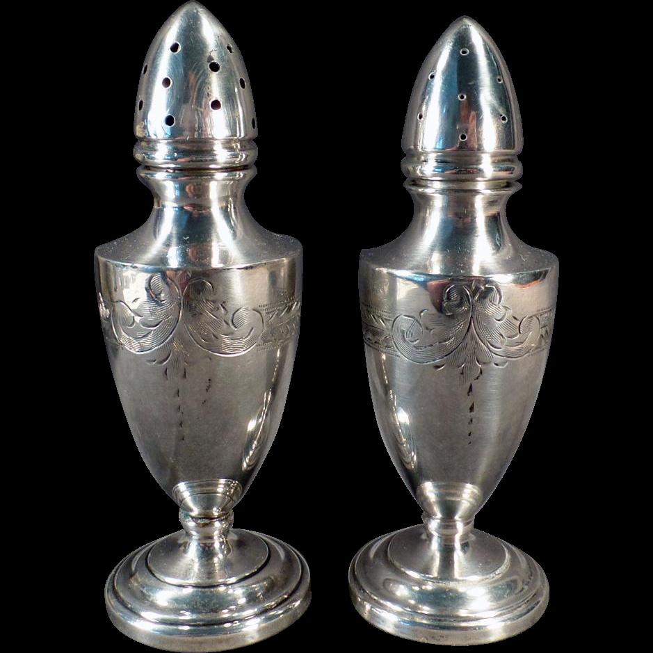 Vintage Sterling Salt & Pepper Set – Old Vanderbilt Sterling Silver Shakers
