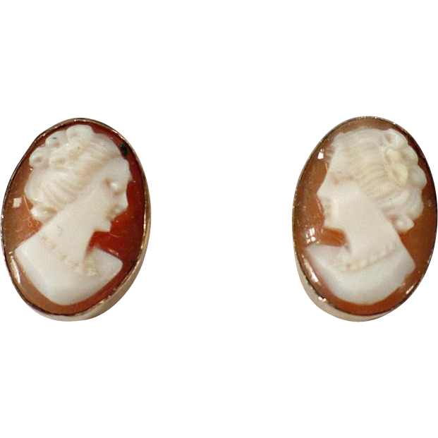 Vintage Screw Back Cameo Earrings – Old Van Dell Jewelry – Carved Shell 12K Gold Filled