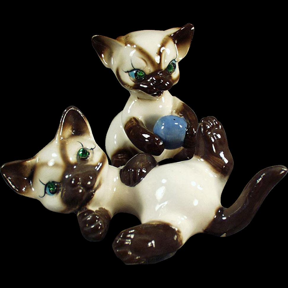 Vintage Siamese Kitten Figurines - Two Playful Kittens with Rhinestone Eyes