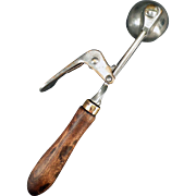 Vintage Ice Cream Scoop – Old Erie Quick and Easy Dipper – 24 Size