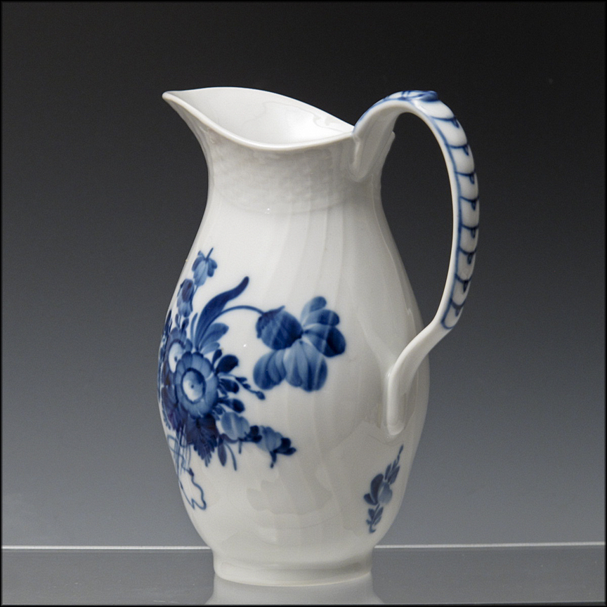 royal copenhagen pitcher jug in the blue flower pattern. Black Bedroom Furniture Sets. Home Design Ideas