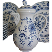 Antique Meissen Porcelain Chocolate Pot 'Blue Onion' Pattern ~ Late 19th Century ~ Swords Mark