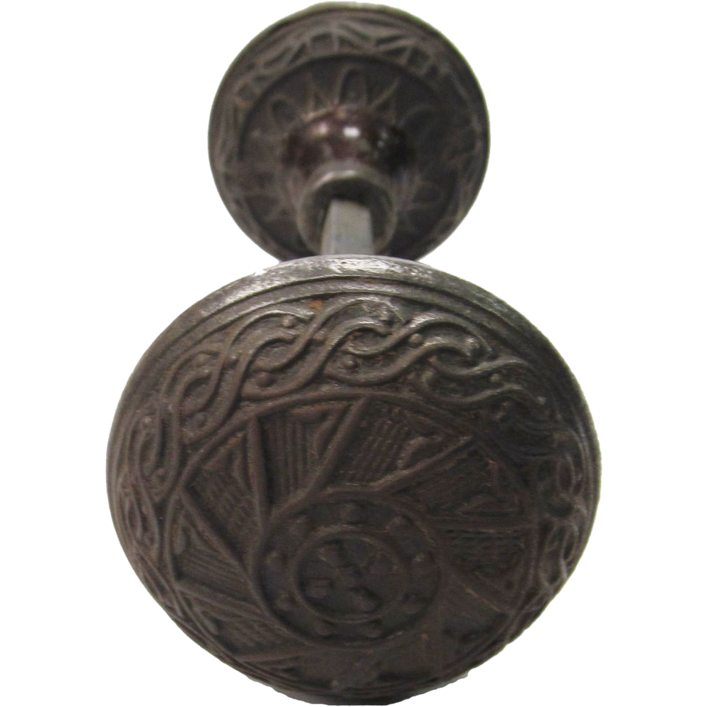 Gothic cast iron doorknob set