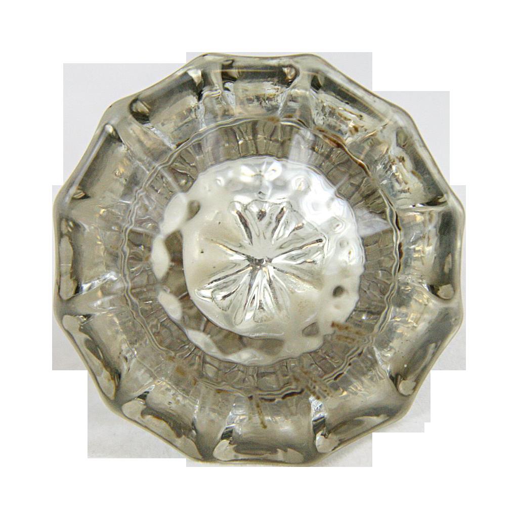 Turn of the century knob set