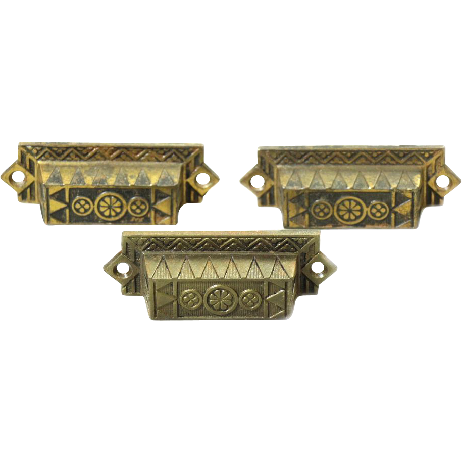 Ornate cast iron bin pull set