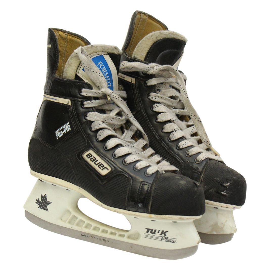 Vintage Bauer hockey ice skates