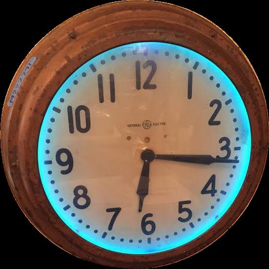 Large General Electric clock
