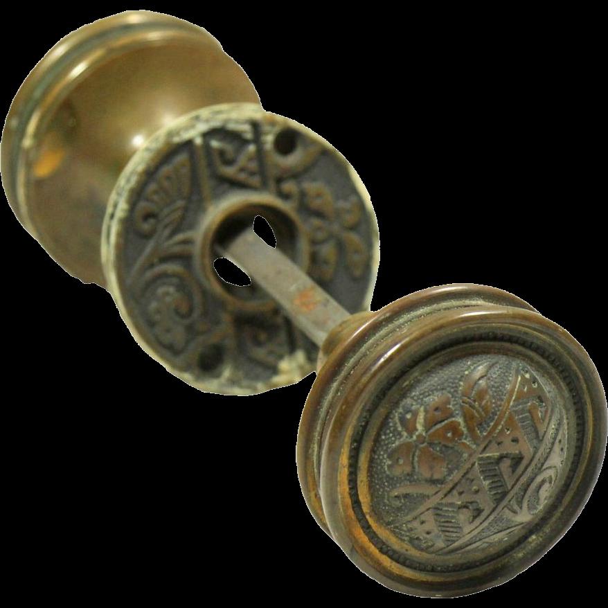 Two fold knob & rosette set
