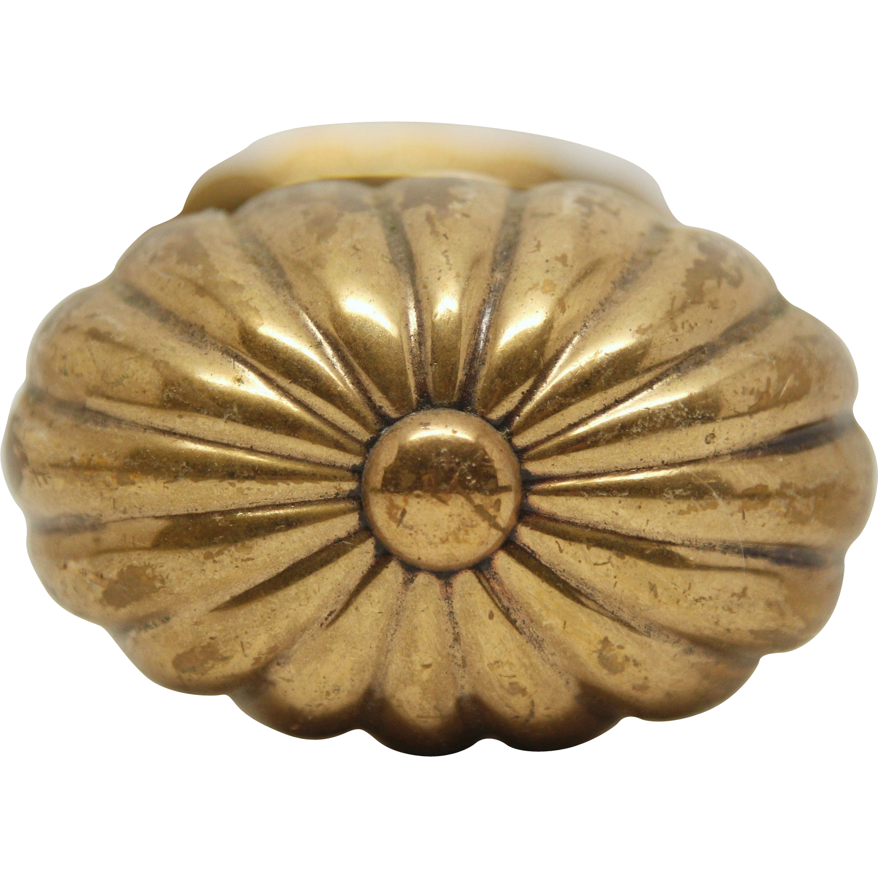 Brass oval fluted doorknob set