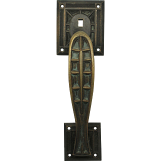 Heavy cast bronze Gothic door pull