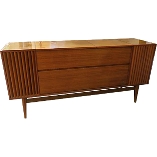 Grundig Stereo Console