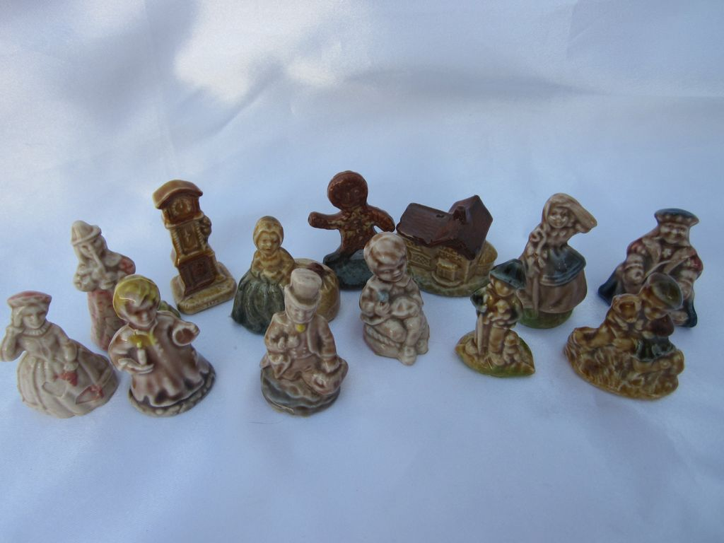 13 Wade England Miniature Figurines