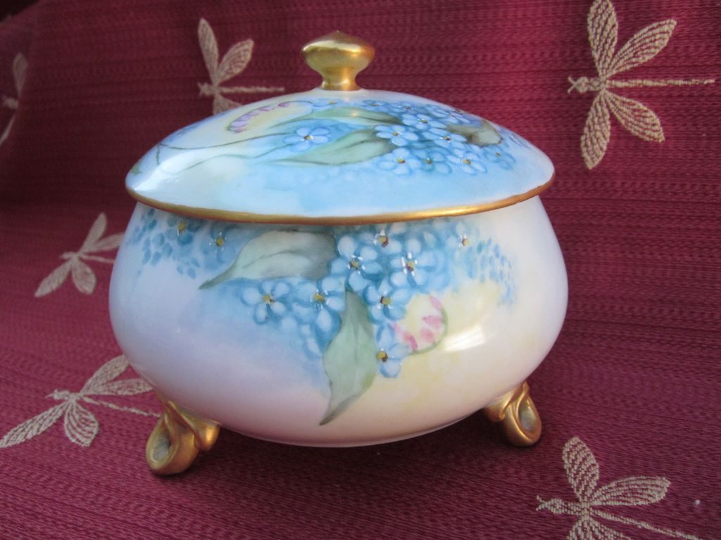 Limoges Footed Powder Box