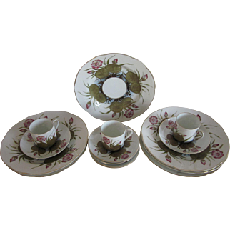 Antique Hand Painted Nouveau Water Lily Luncheon Set For 6