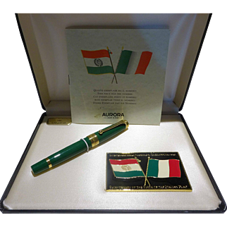 Collectible Aurora Limited Edition Bicentenary Italian Flag Fountain Pen #0520