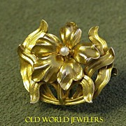 10K Art Nouveau Flower Pin
