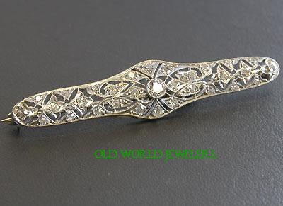 1920's Diamond Platinum Filigree Bar Pin