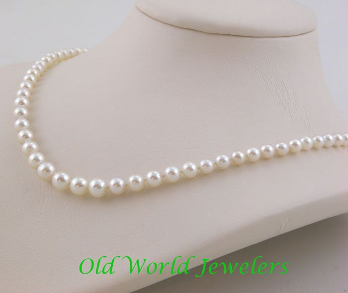 Graduated Cultured Pearls with Marquise Diamond Clasp