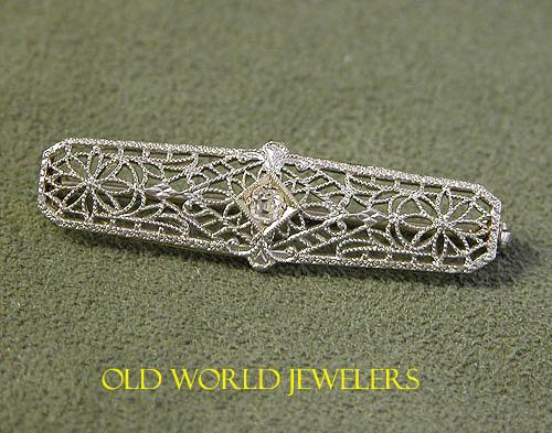 1920's 14K White Gold Filigree Pin