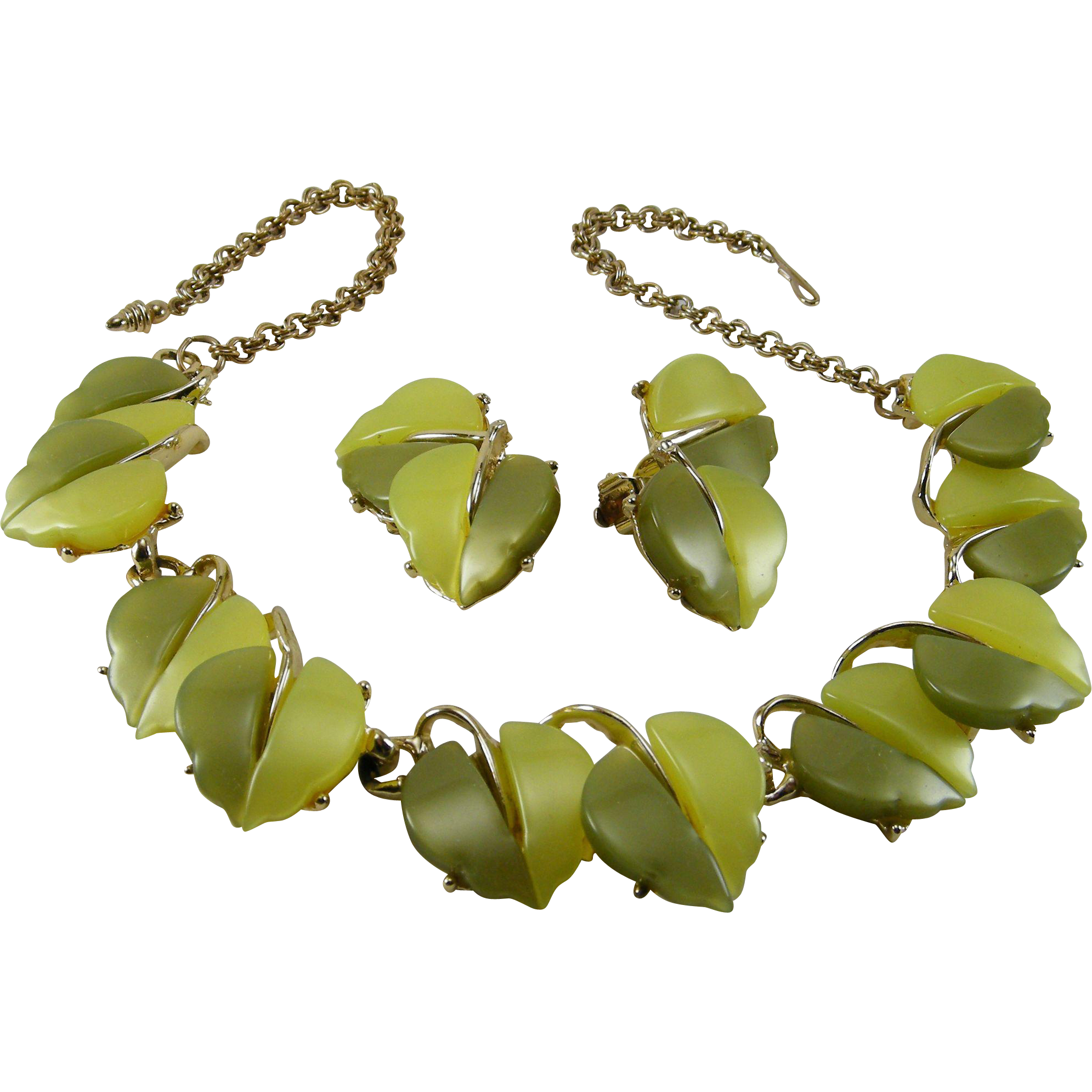 Vintage Two Color Green Leaf Thermoplastic Necklace Earrings Set